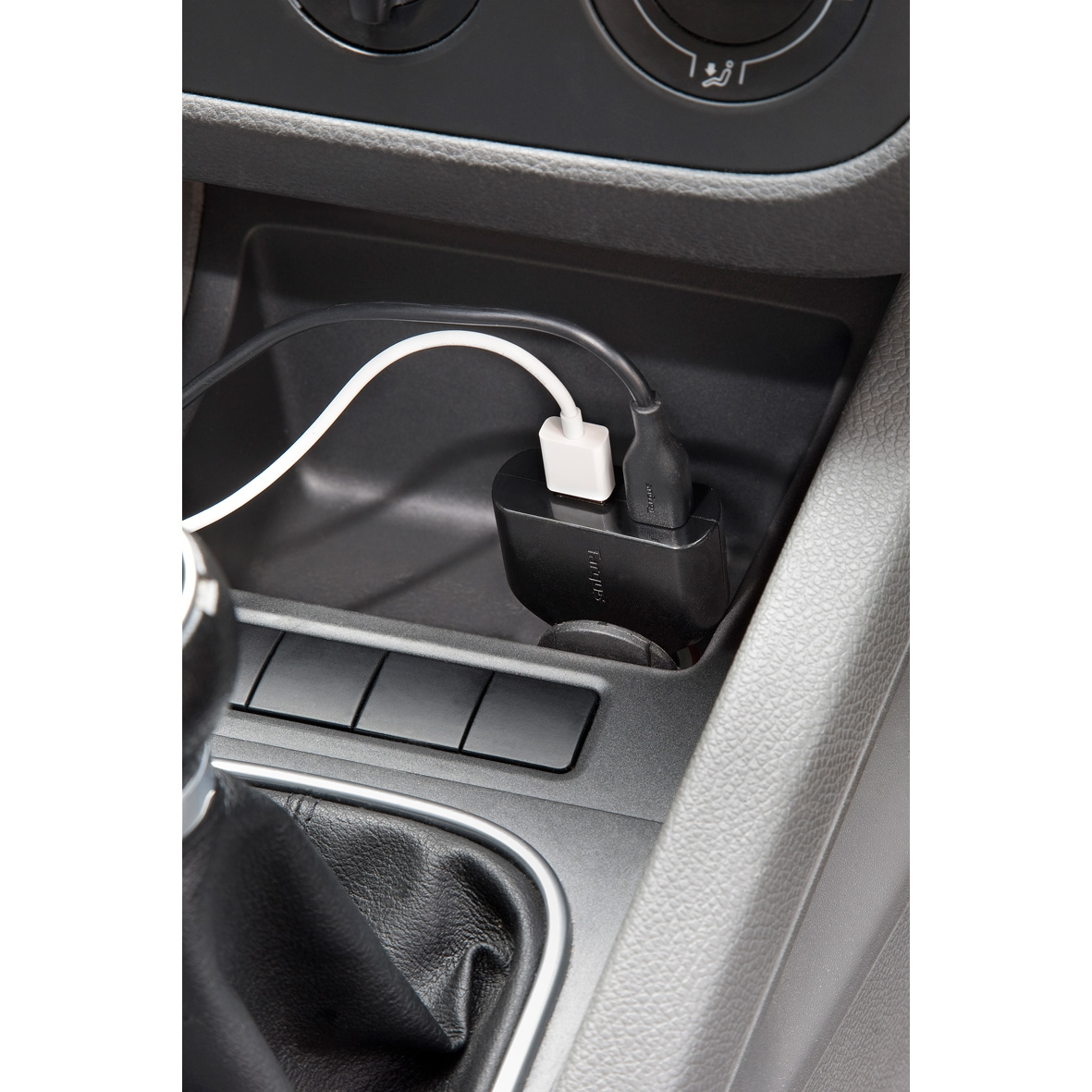 Picture of Targus Laptop Car Charger + Phone/Tablet Charge