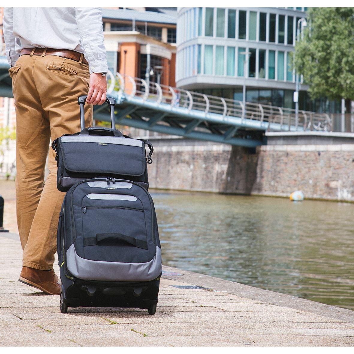 "Picture of CityGear 13-14"" Slim Topload Laptop Case - Black"