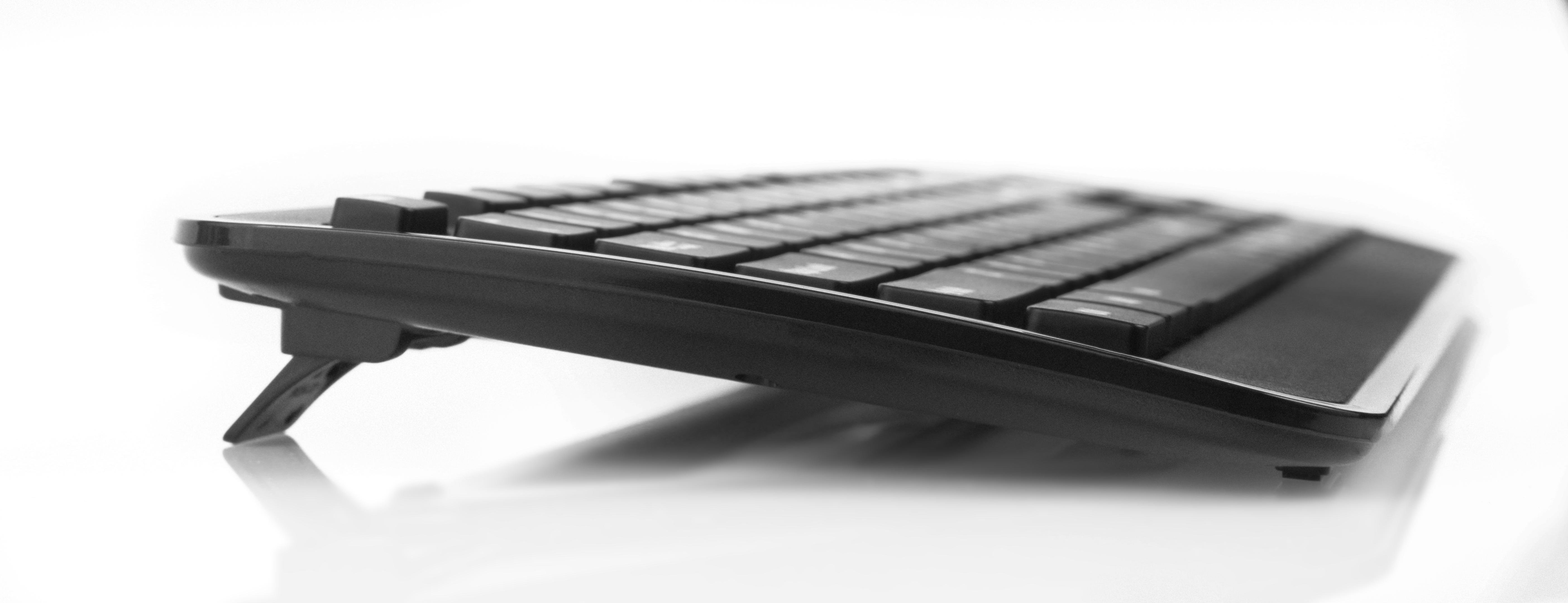 e136e1951e0 Wireless Mouse and Keyboard (Black)
