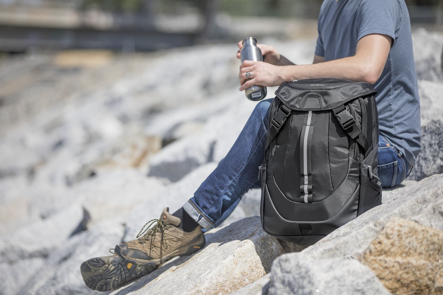 """Picture of 17.3"""" Voyager II Backpack"""
