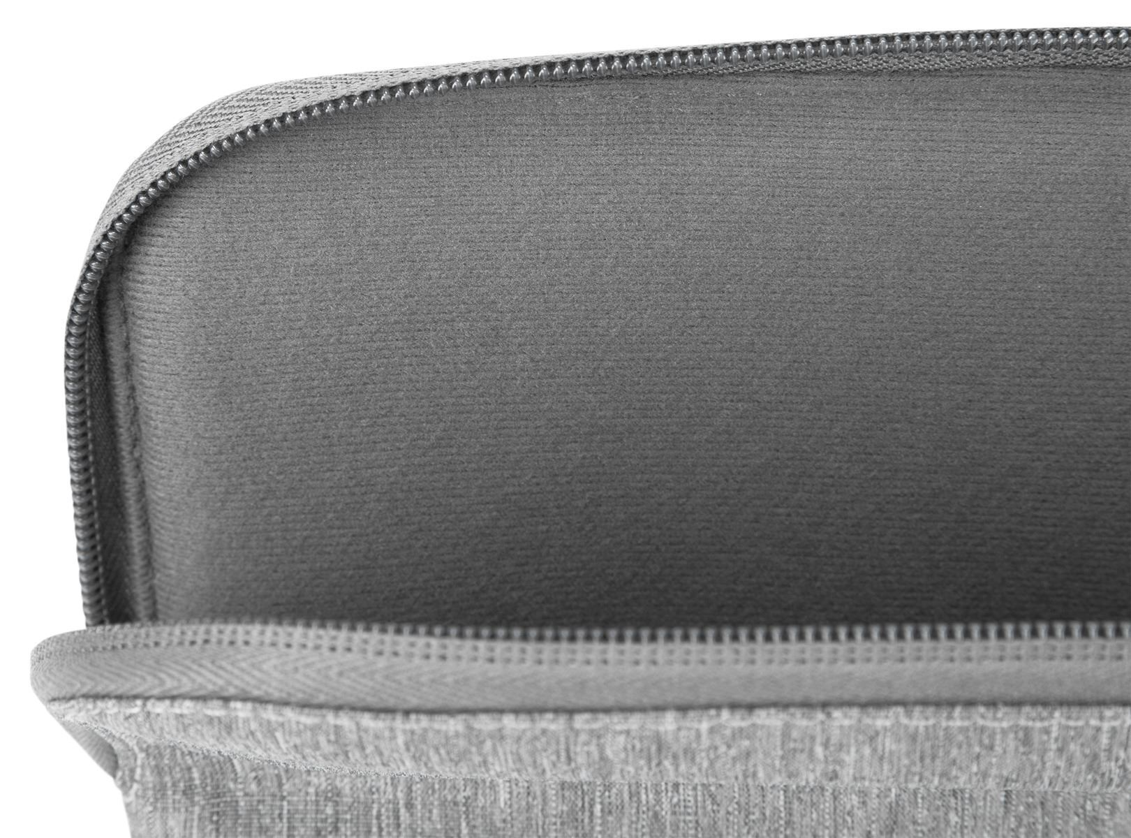 """Picture of 15.6"""" CityLite Pro Laptop Sleeve"""